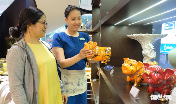 Vietnamese businesses promote ceramics, porcelain for Lunar New Year