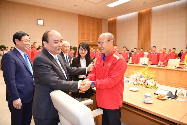 PM congratulates Vietnam on entering Asian Cup quarters as fans celebrate nationwide