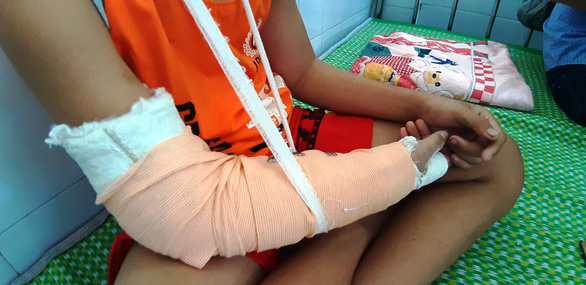 Hawker boy brutally attacked, robbed by stranger in central Vietnam