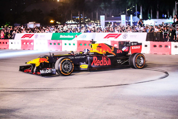 1,000 volunteers sought for Vietnam's first-ever F1 race in 2020