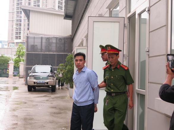 Hanoi man gets life sentence for raping, breaking arm of 9-yo girl