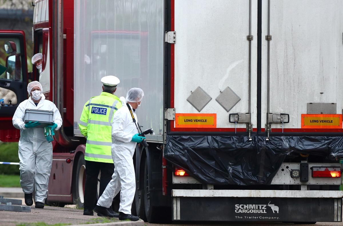 UK lorry migrant deaths 'ringleader' admits manslaughter