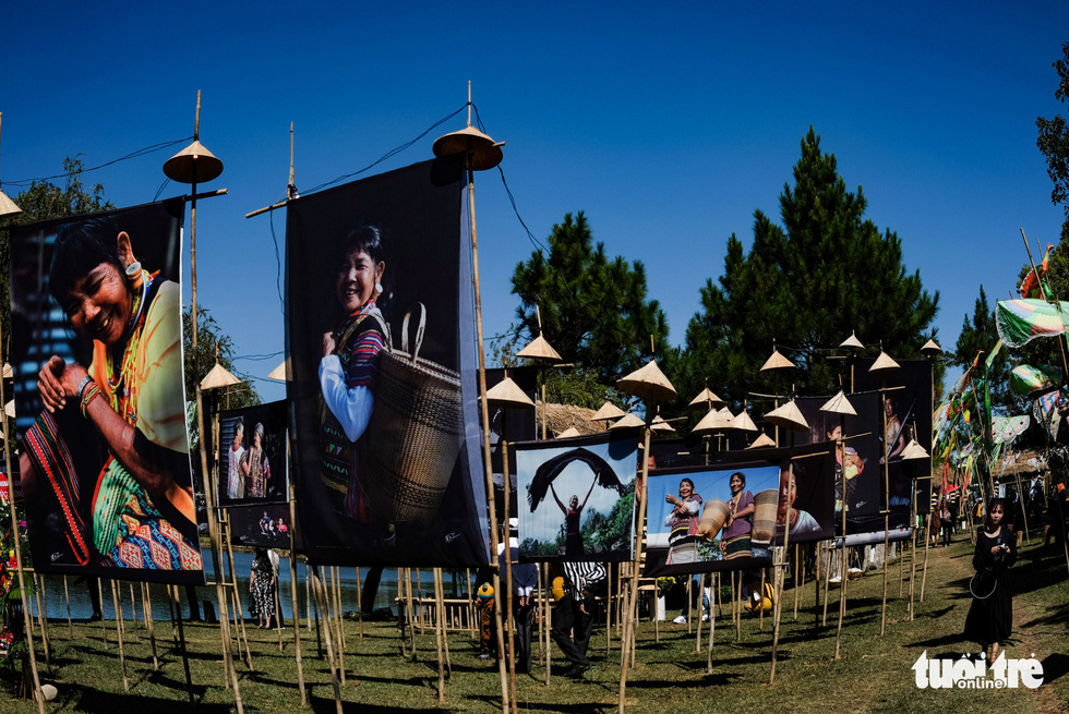 Photo exhibition gives highlight to indigenous cultures during Da Lat Flower Festival