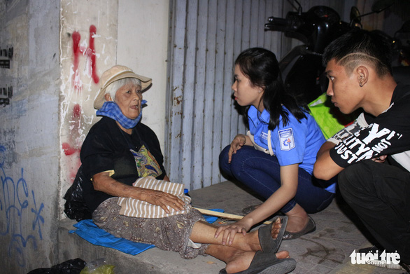 Warm-hearted groups bring Christmas to the impoverished in Ho Chi Minh City