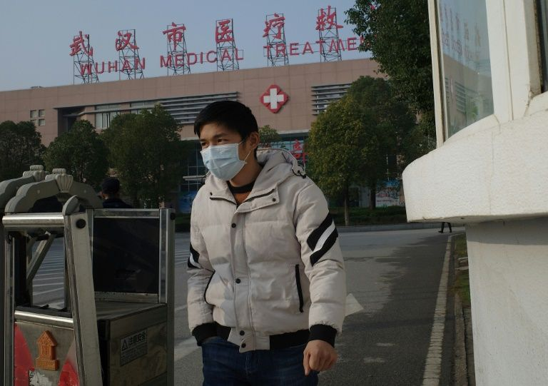 'Hundreds' likely affected by Chinese virus: researchers