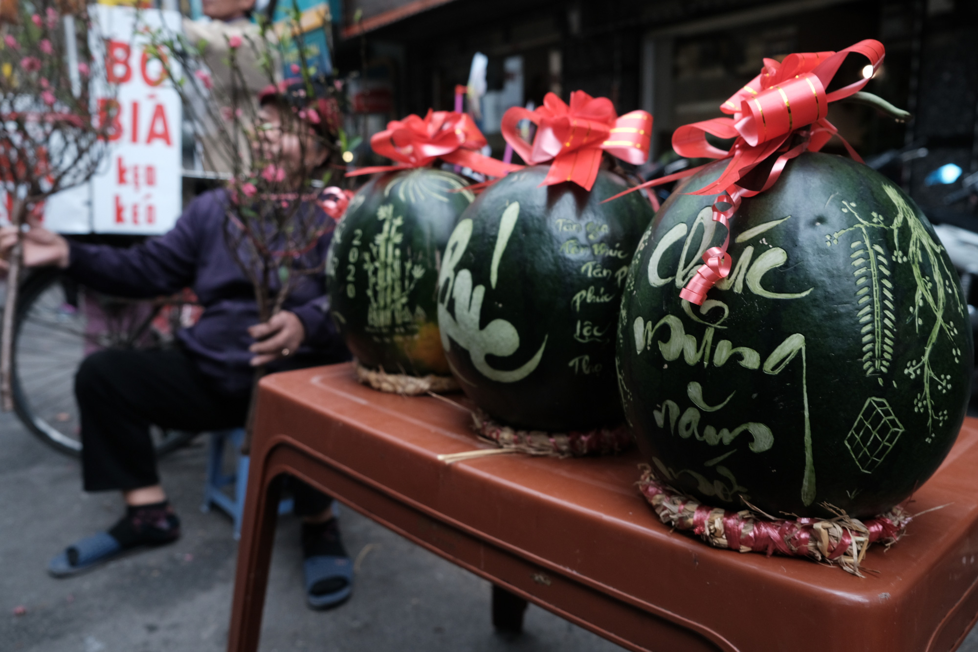 Calligraphic watermelons a prized Tet offering in Hanoi