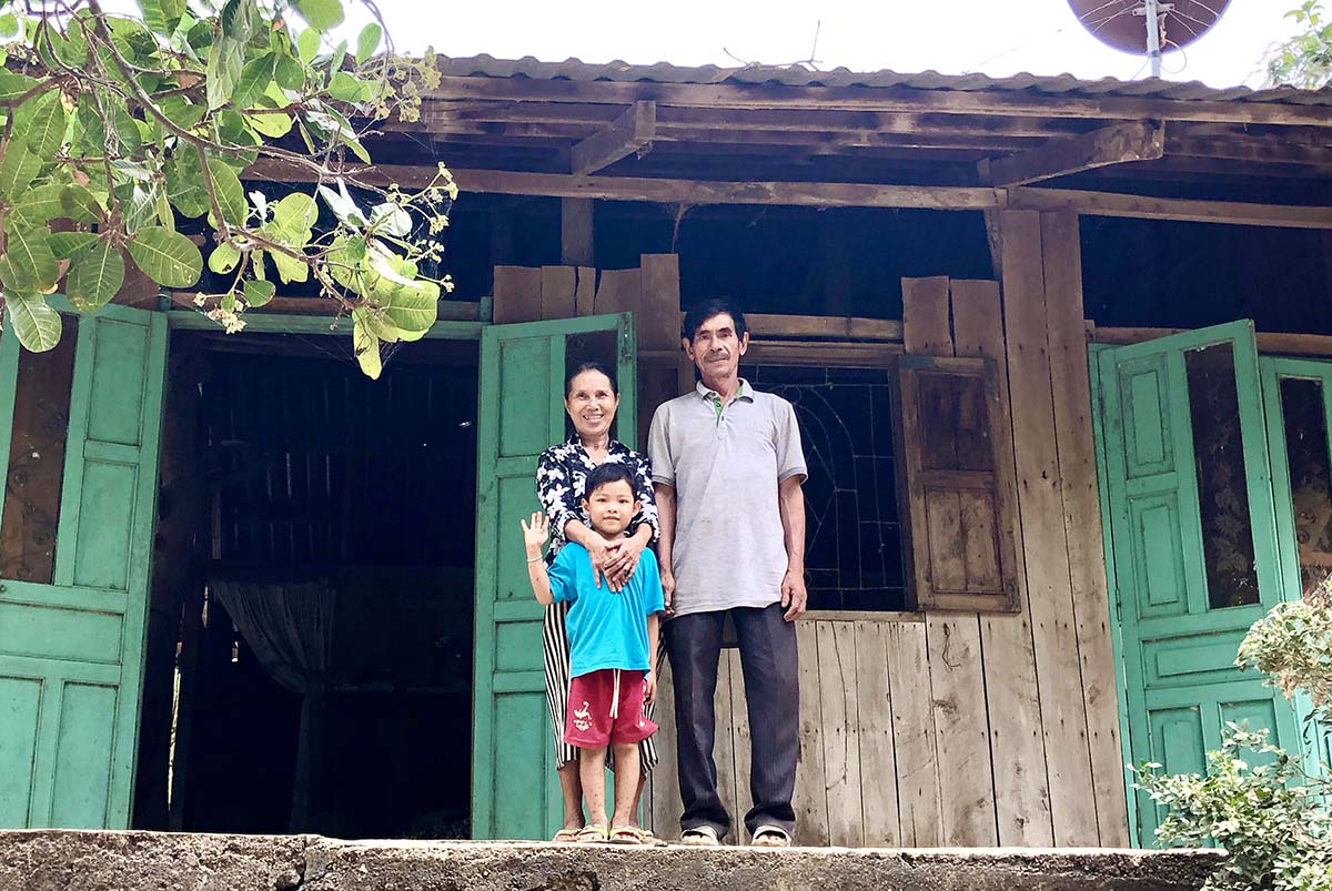 Vietnamese couple's off-grid island a magnet for weekenders