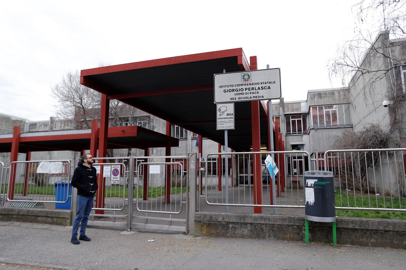 Schools, universities to stay shut as Italy coronavirus death toll rises