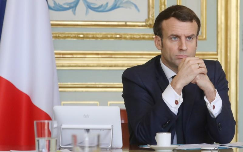 France's Macron threatened UK entry ban without more stringent measures: report