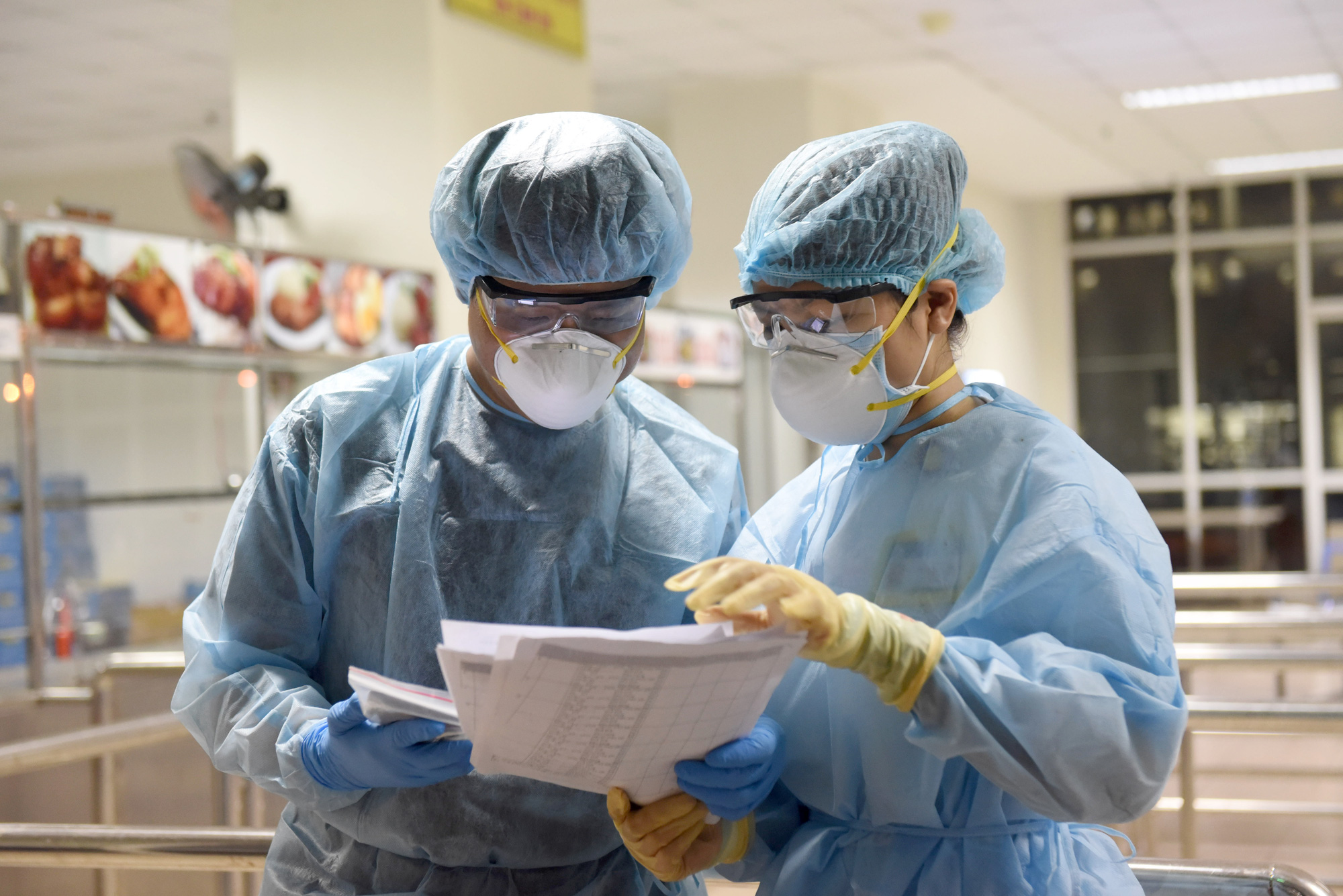 AmCham Vietnam donates 250,000 face masks to frontline health workers in Ho Chi Minh City