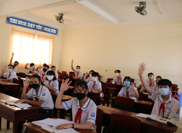 Long time no see:First Vietnamese provinces reopen schools after3-monthCOVID-19break