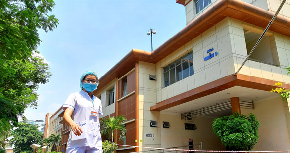 British pilot among Vietnam's two sickest COVID-19 cases in treatment