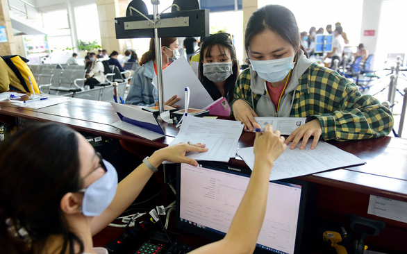 Vietnam considers new personal income tax threshold