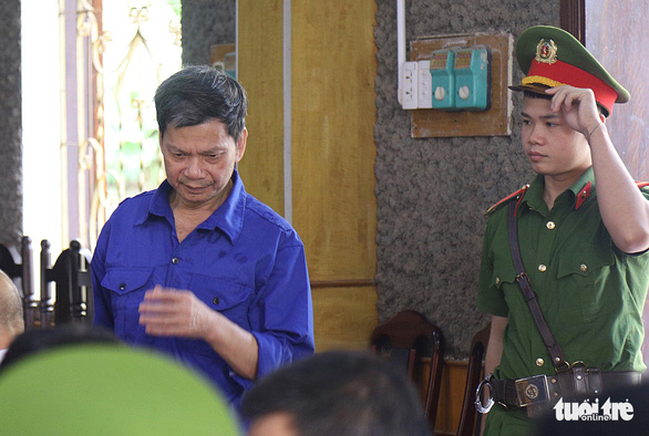 Lo Van Huynh, former head of the Son La Department of Education and Training's division for examination and educational quality management, is present at a court for test-score manipulation in the 2018 National High School Exam in Son La Province, Vietnam, May 29, 2020. Photo: Danh Trong / Tuoi Tre