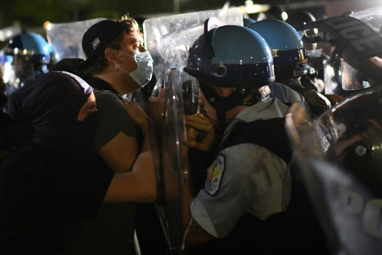 Protesters clashed with Secret Service agents in heated midnight scenes in front of the White House. Photo: AFP