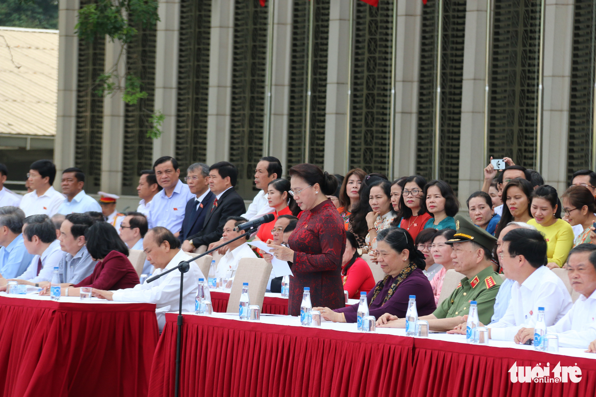 National Assembly Chairwoman Nguyen Thi Kim Ngan speaks at the launching ceremony of Vietnam's mounted mobile police force in Hanoi, Vietnam, June 8, 2020. Photo: Tien Long / Tuoi Tre
