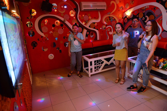 Ho Chi Minh City officially permits discos, karaoke lounges to resume operations