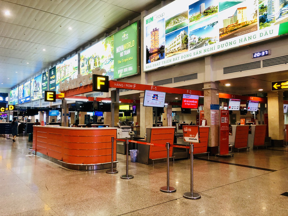 A check-in counter of Jetstar Pacific Airlines at Tan Son Nhat International Airport in Ho Chi Minh City, Vietnam is seen in this undated file photo. Photo: Cong Trung / Tuoi Tre