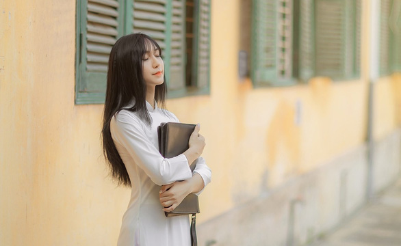 Transgender Vietnamese singer Lynk Lee is seen in this supplied photo.