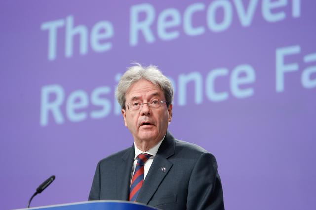 EU ready to go it alone on taxation of digital firms