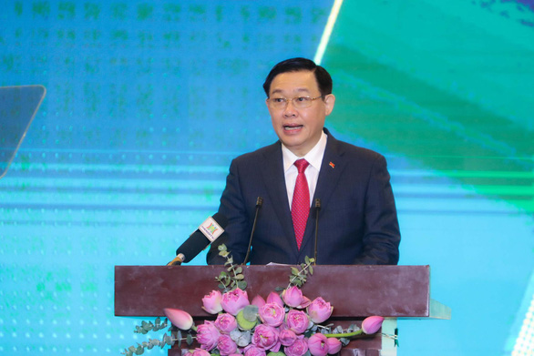 Hanoi's Party chief Vuong Dinh Hue speaks at the 'Hanoi 2020 – Investment and Development Cooperation'conference in Hanoi, June 27, 2020. Photo: Nguyen Khanh / Tuoi Tre