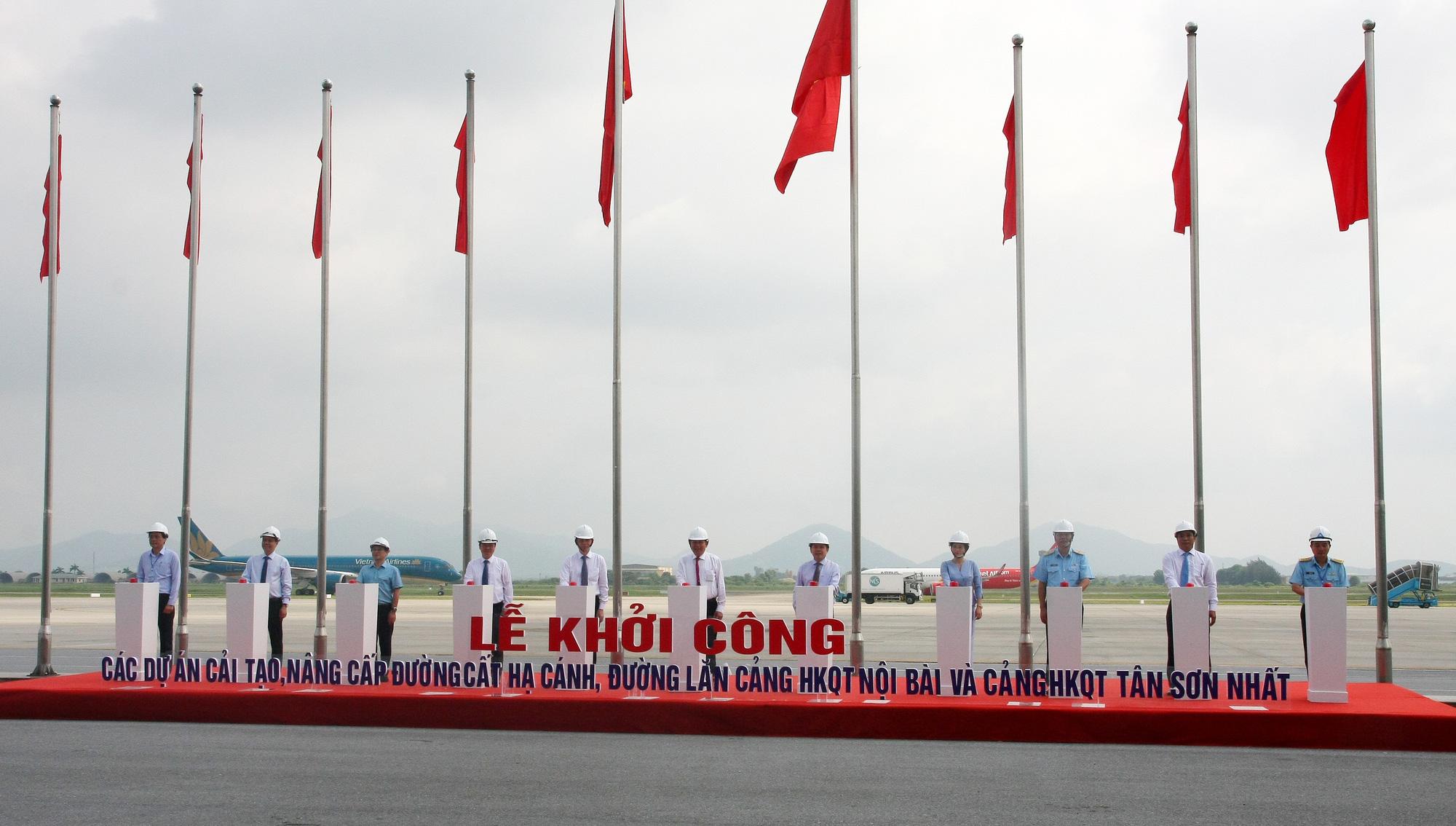 Runway upgrade begins at Hanoi, Ho Chi Minh City airports