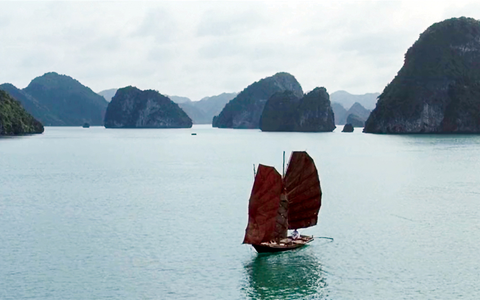 Ha Long Bay as captured in Régis Wargnier's 'Indochine' (1992)