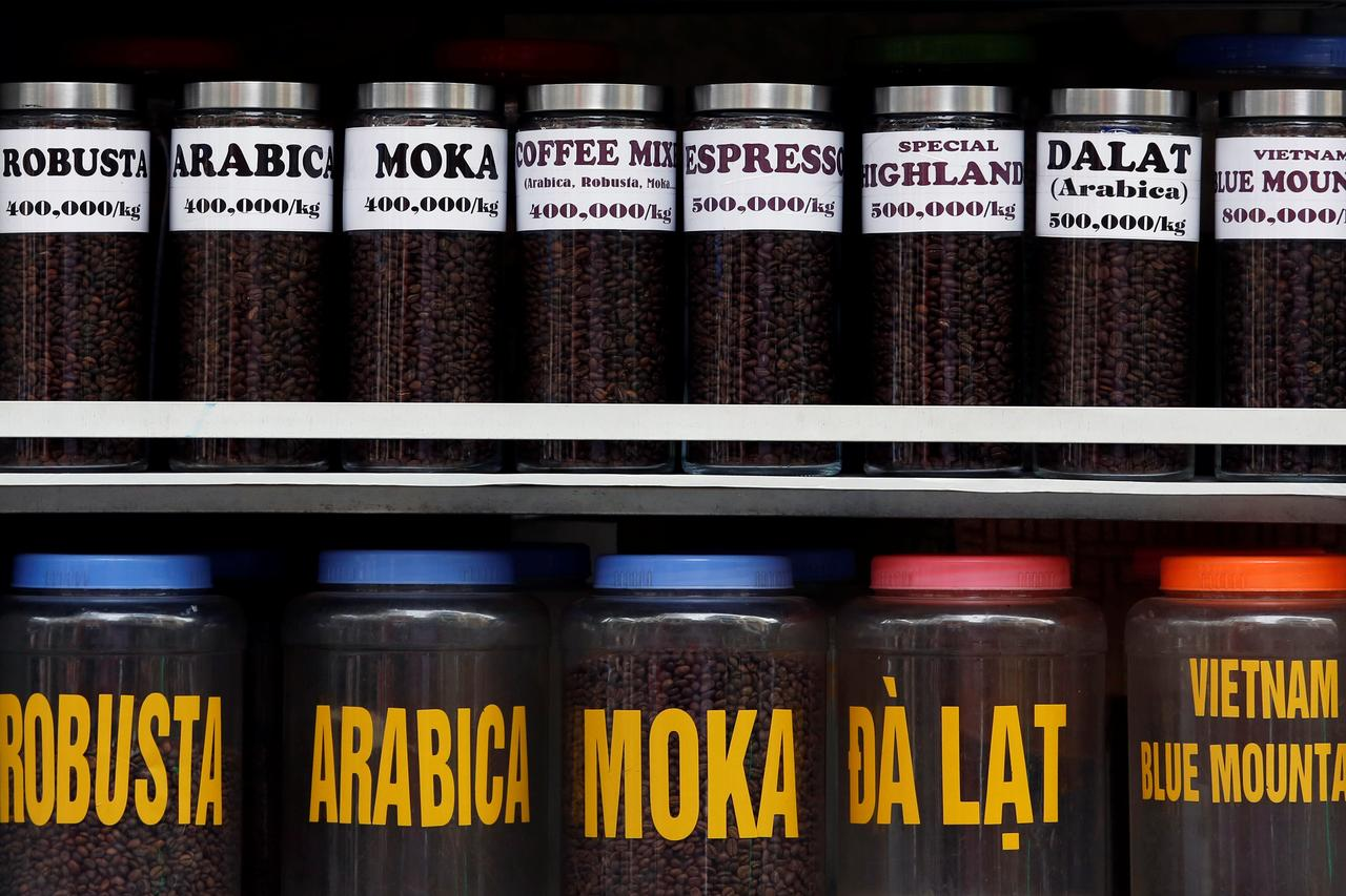 Asia Coffee-Tight supply keeps market quiet in Vietnam, Indonesia supplies rise