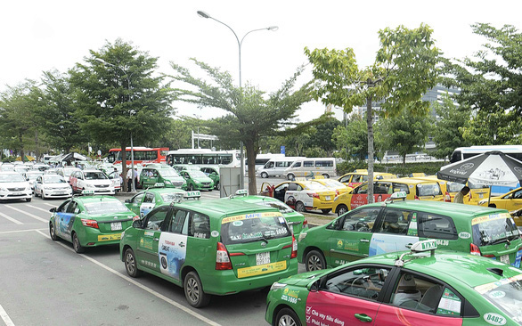 Vietnam taxi giant Mai Linh eyes transformation into tech-based firm