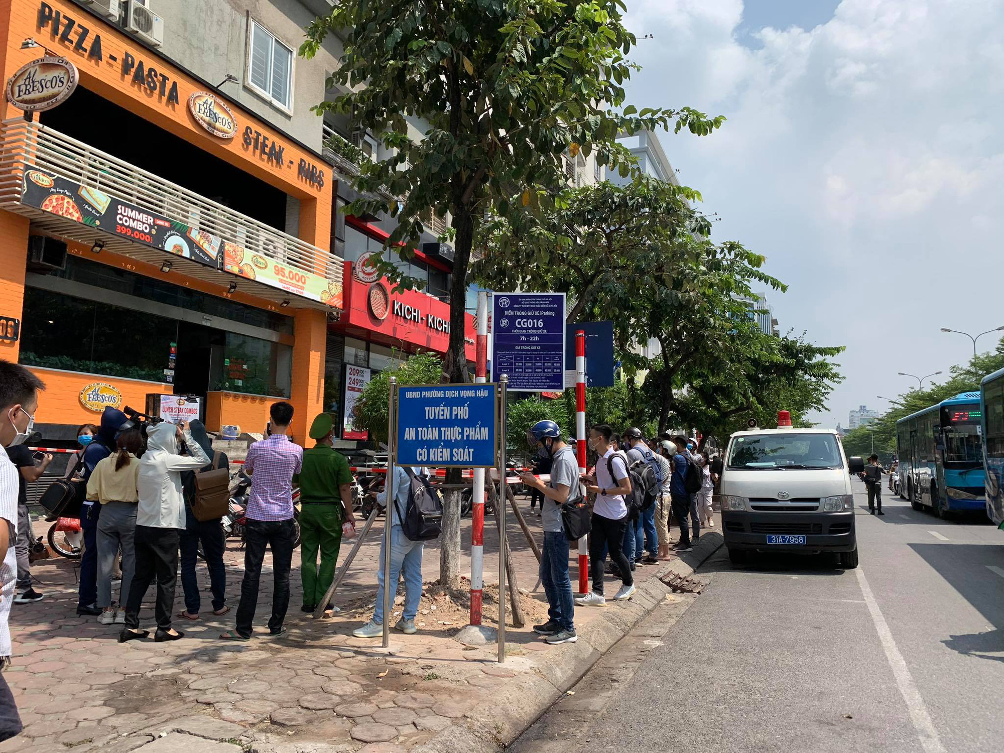 Vietnam capital to conduct mass COVID-19 testing for 21,000 returnees from Da Nang
