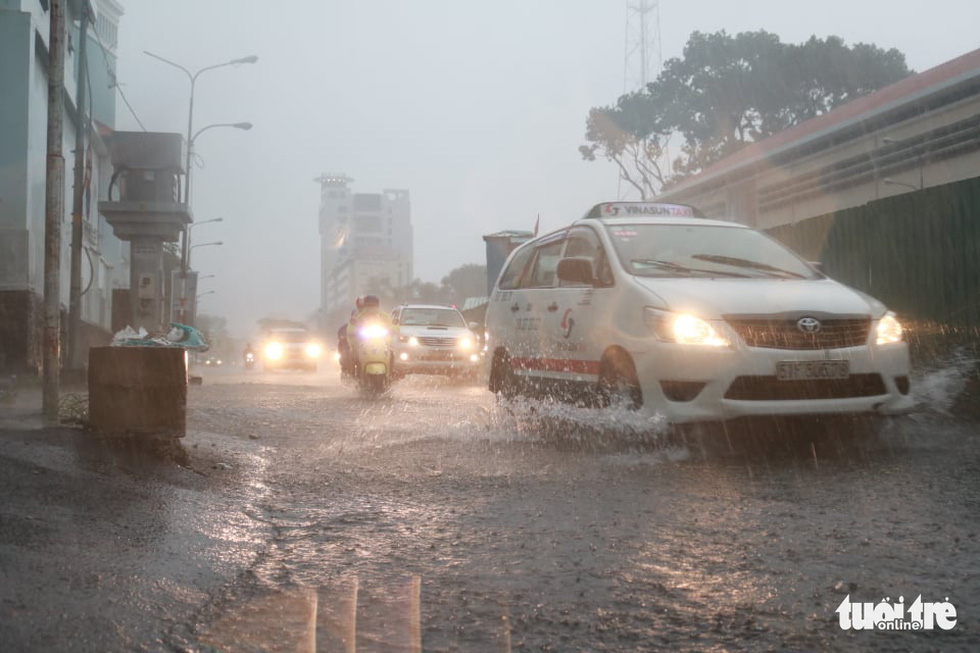 Monsoon rain to lash Vietnam this week