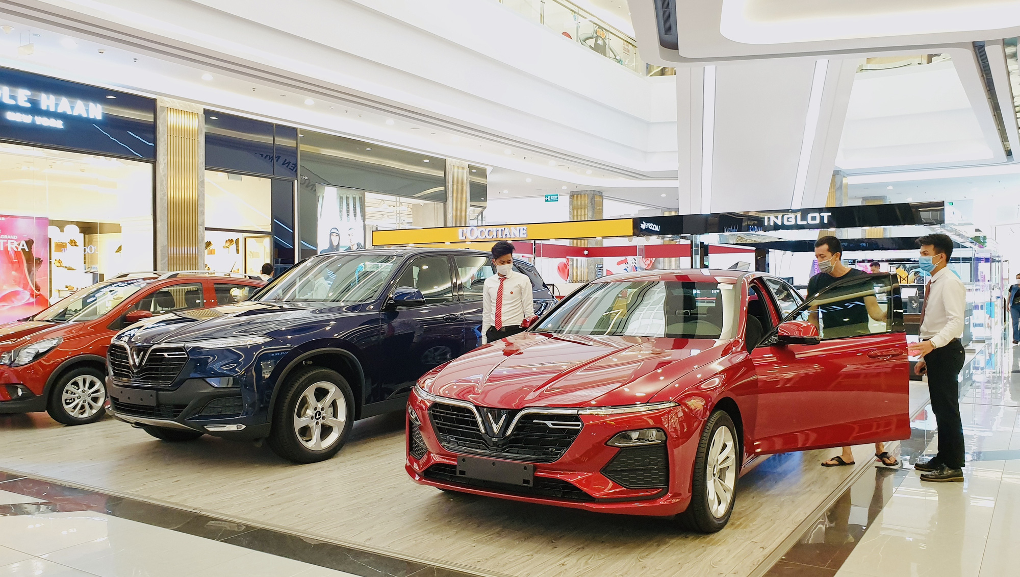 Vietnamese carmaker VinFast reports $284mn loss in H1 2020