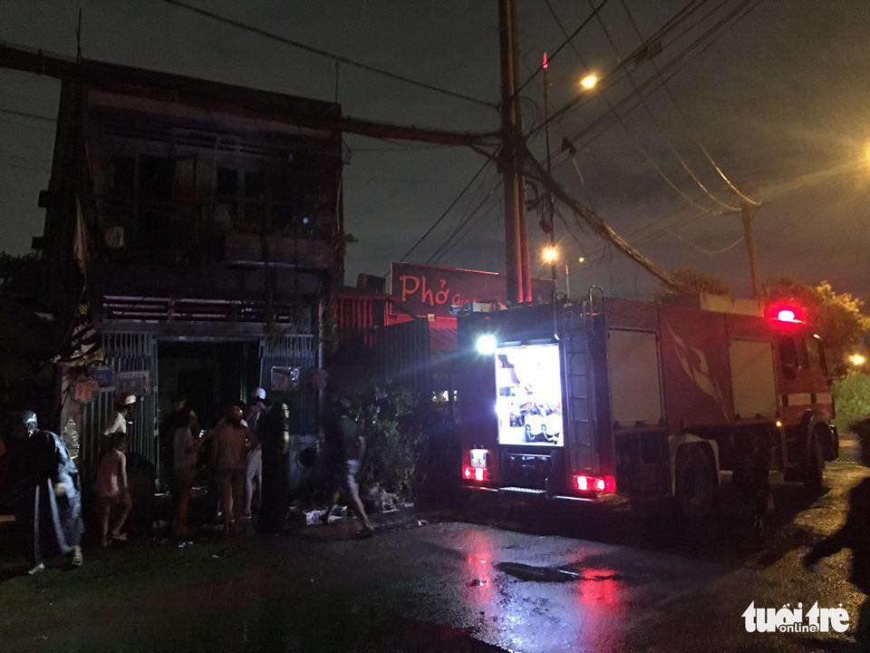 House fire stirs chaos in Ho Chi Minh City