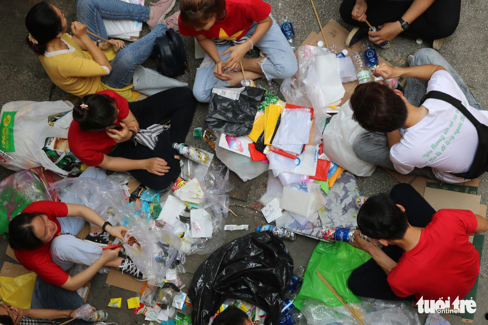 Eco-friendly initiatives envision school construction using plastic waste