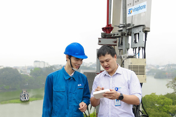 Vinaphone, Mobifone to launch 5G networks in Hanoi, Ho Chi Minh City