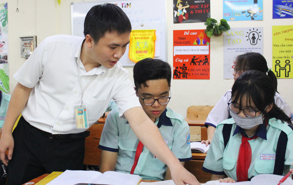 In Vietnam, creative teachers give students jolt to spark thinking, improve learning
