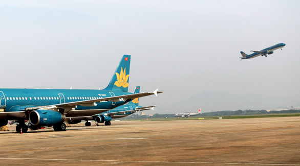 Vietnam Airlines apologizes after crew member causes local coronavirus transmission