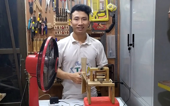 From Singapore university dropout to influencer: Hanoi man inspires STEM dreams through immersion