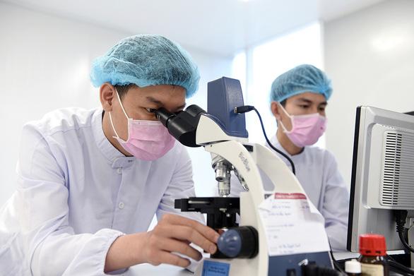 Vietnam seeks volunteers for human trial of COVID-19 vaccine