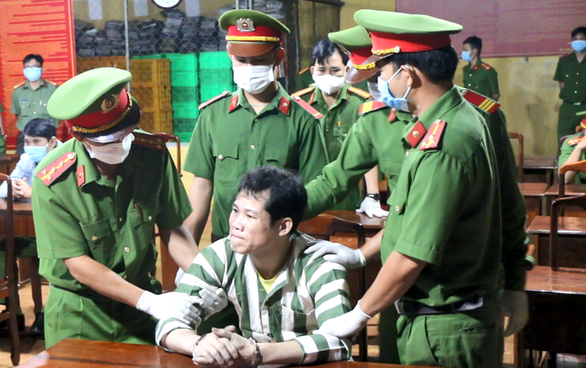 Southern Vietnamese province executes prisoner strangling fellow inmate