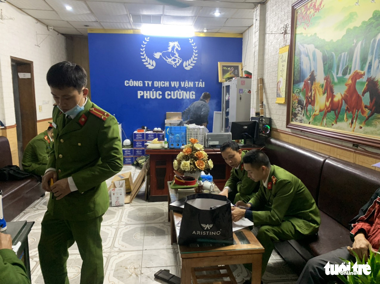 Vietnam transport firm director nabbed for assault, vandalism, 'protection' fee collection