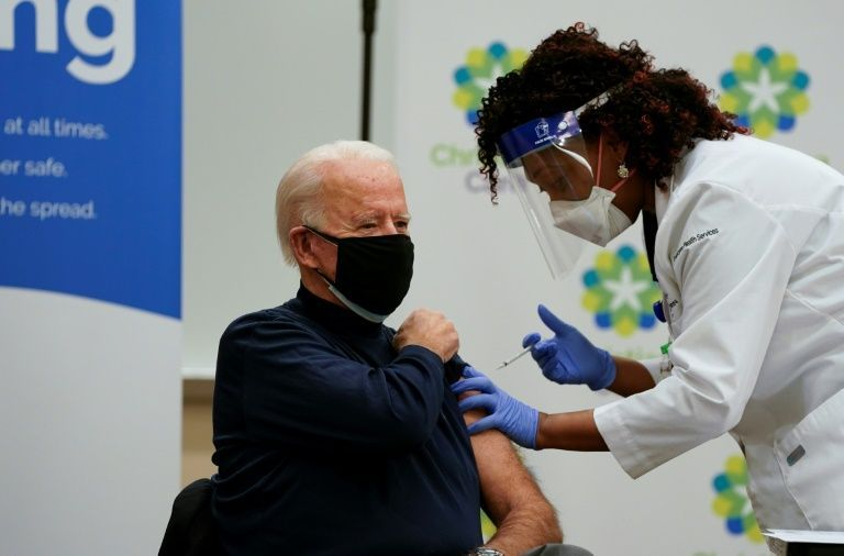 Biden receives COVID-19 vaccine live on TV
