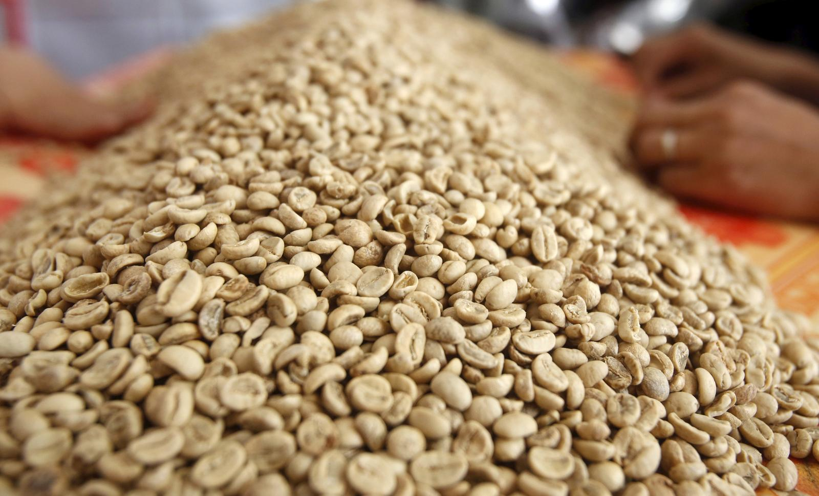 Asia Coffee-Markets subdued amid holidays, prices edge up in Vietnam