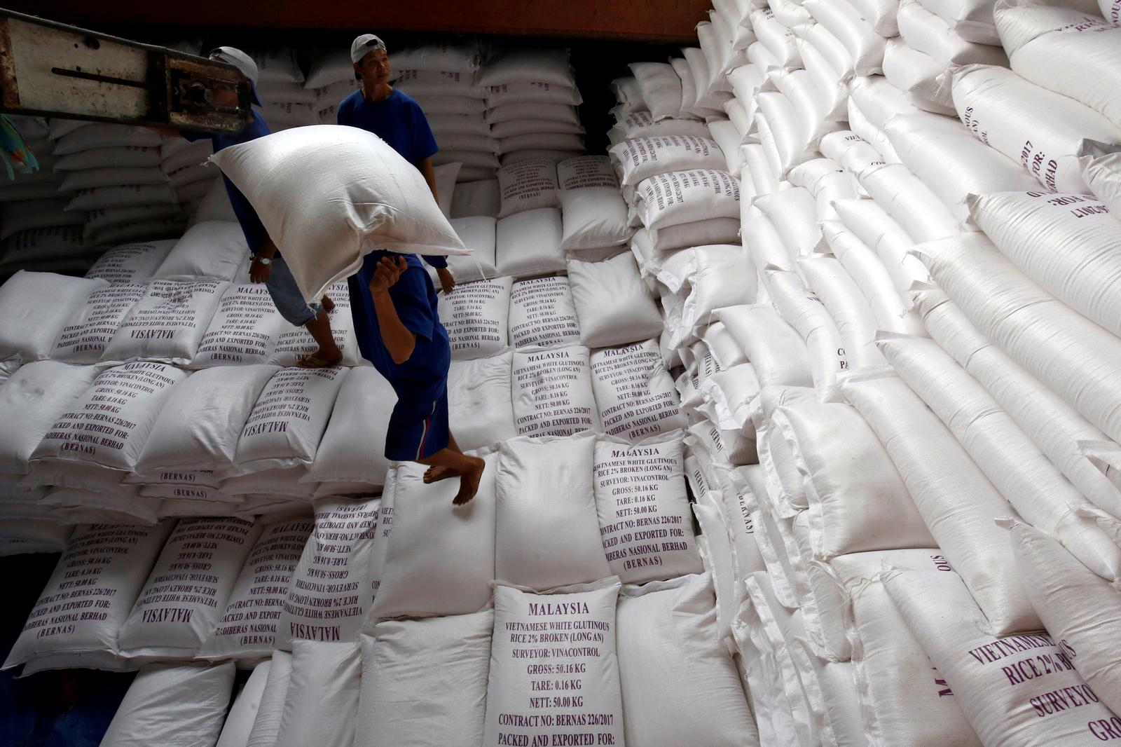 Asia rice-Thai prices hit 6-month high, Vietnam rates elevated on supply woes
