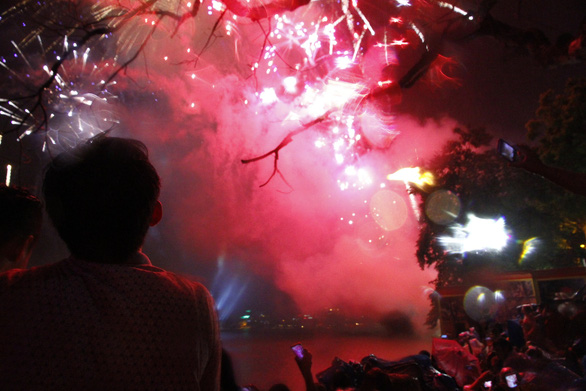 Hanoi announces three pyrotechnic display locations for 2021 New Year celebration