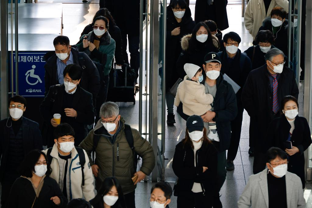 South Korea to accelerate virus vaccine efforts as first U.K. variant detected