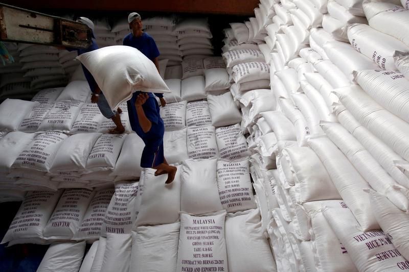 Asia rice - Vietnam rates hit 9-yr peak on supply crunch; Thai rates dip
