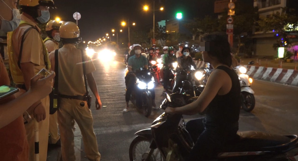 Vietnam traffic police prevent man from suicide over ex-wife's remarriage