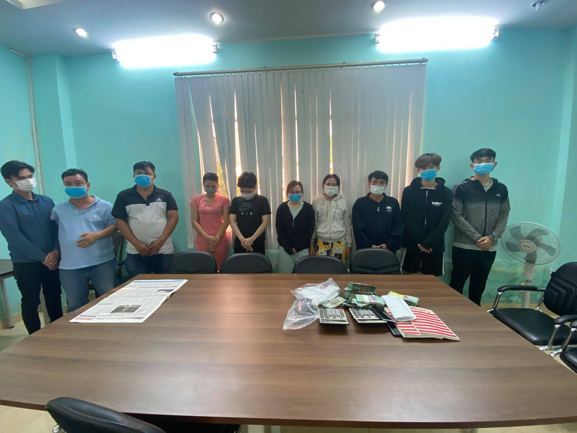 12 nabbed for running $13mn gambling ring in Ho Chi Minh City