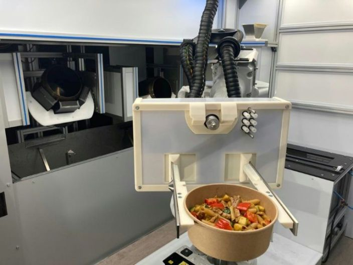 An automated kitched developed by the startup RoboEatz and launching at the 2021 Consumer Electronics Show prepares, cooks and serves an array of hot and cold food dishes from soups to salads to meal bowls. Photo: AFP